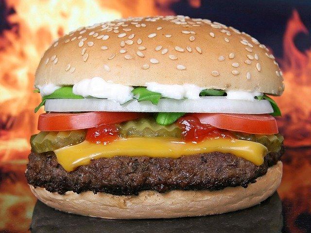 Šťavnatý hamburger.jpg