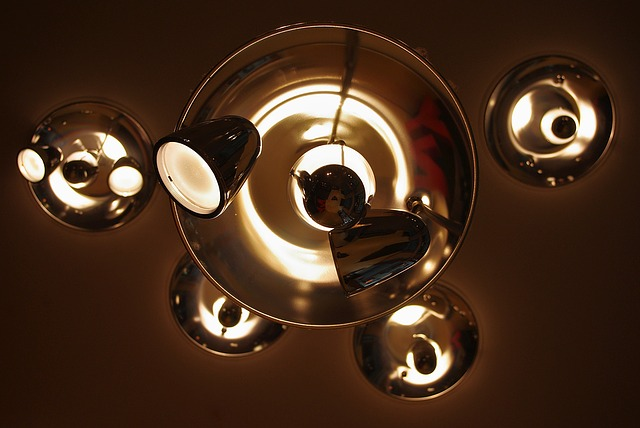 Lampa, svietidlá.jpg
