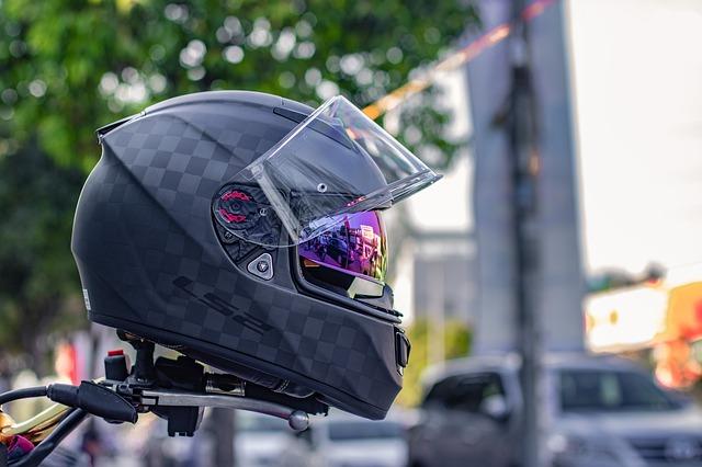 Prilba na motorku