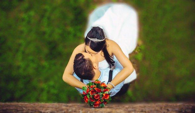 wedding-1183270_640